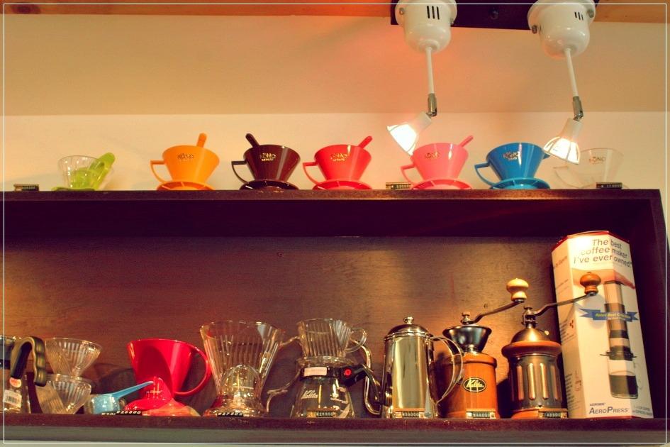 커피관련 장식물들