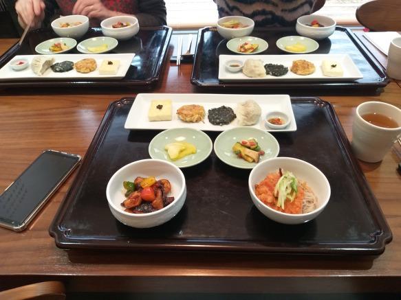 만보걷기/점심(발우공양)+백두산관람(피카디리)+인사동구경
