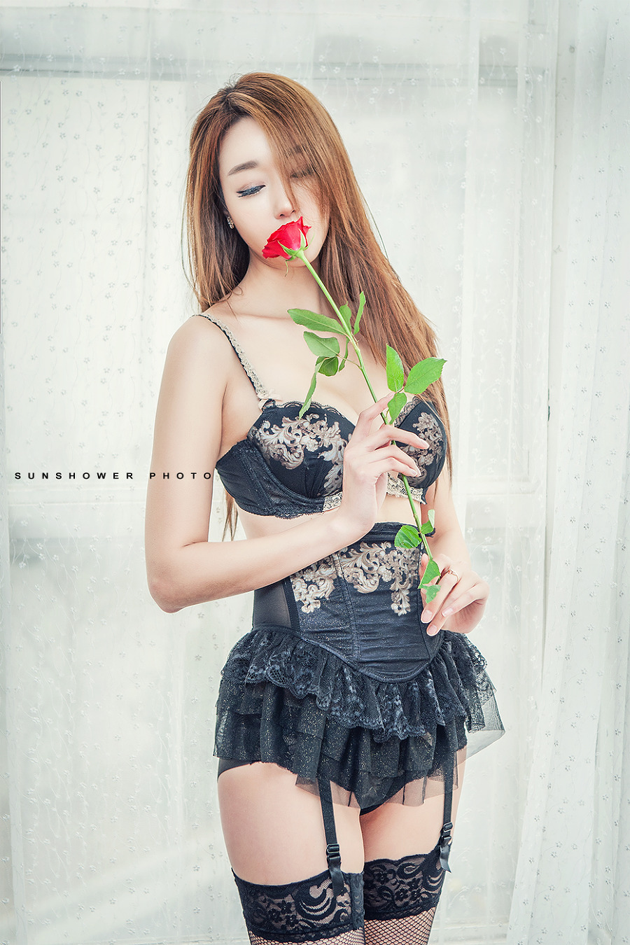 hot curved Korean lingerie girl