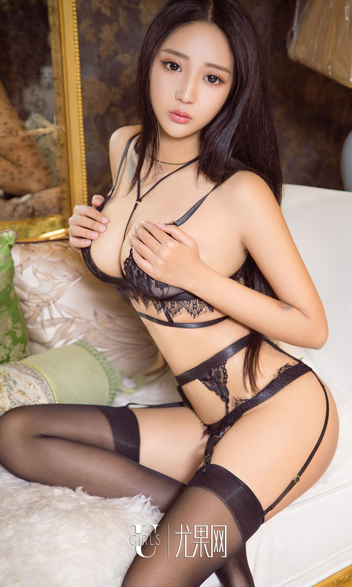 hot lingerie tattoo Chinese glamour