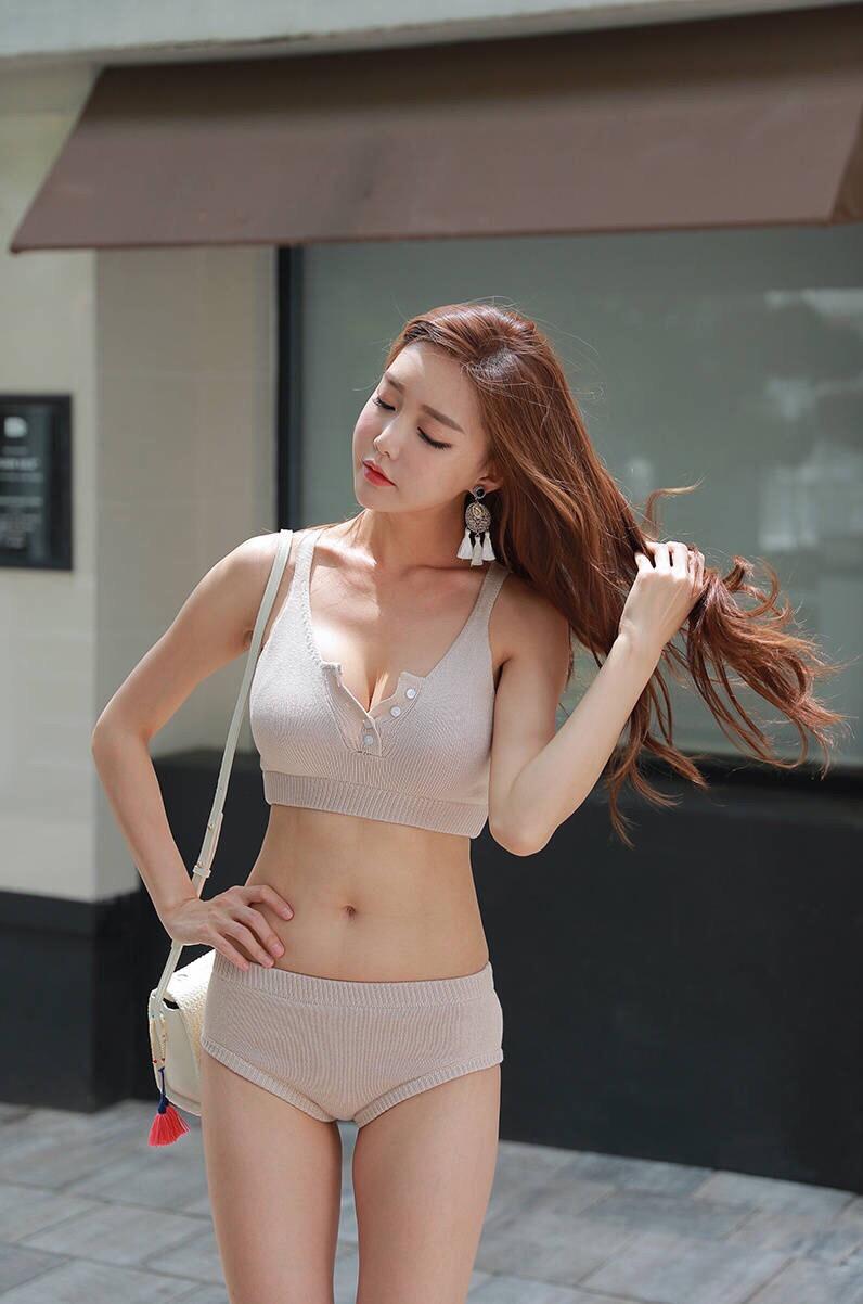 cool Korean model - I guess