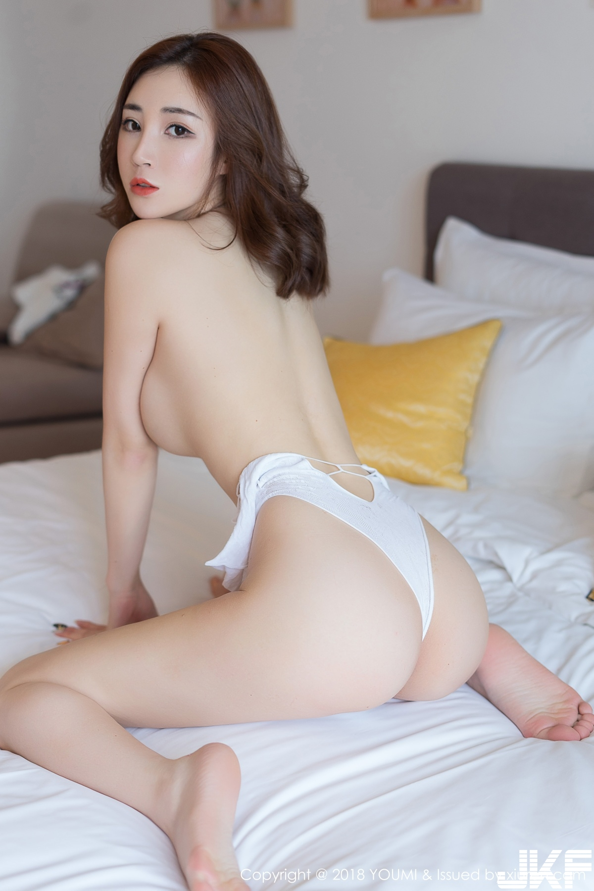 hot Chinese girl in sexy pose